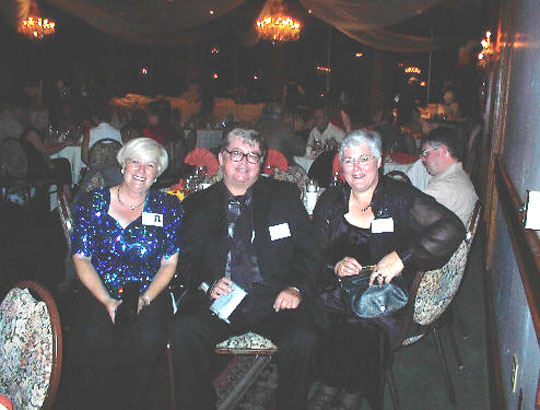 Donia, Sean & Debbie Howland... Gabbing and catching up on 30 years of life...  The Castaways, October, 2000