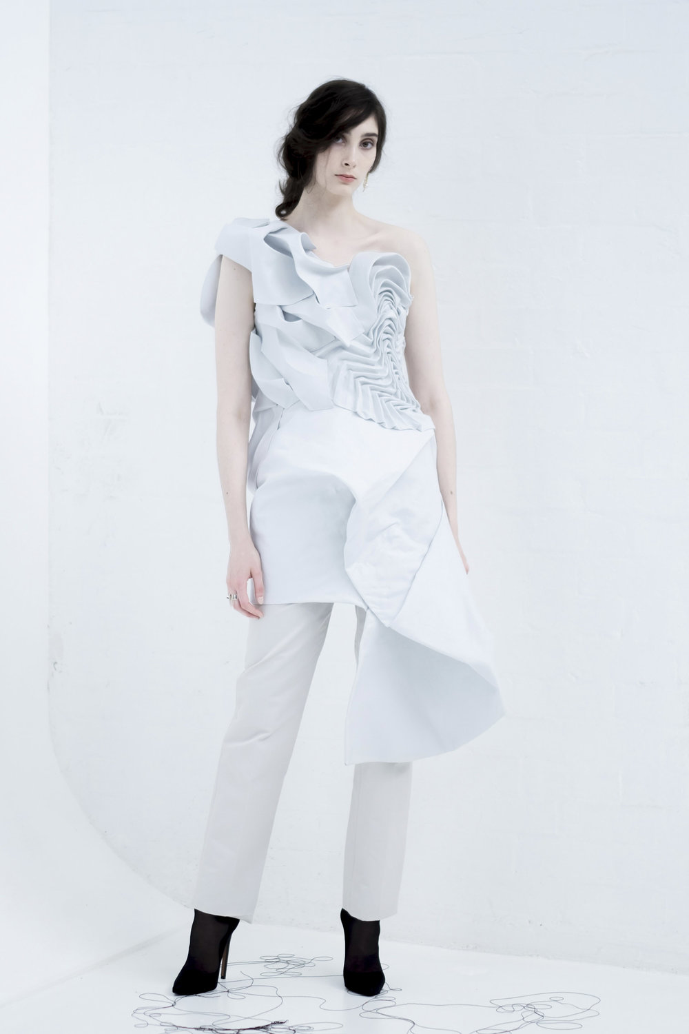RUTH-READ-GRADUATE-COLLECTION-02.jpg