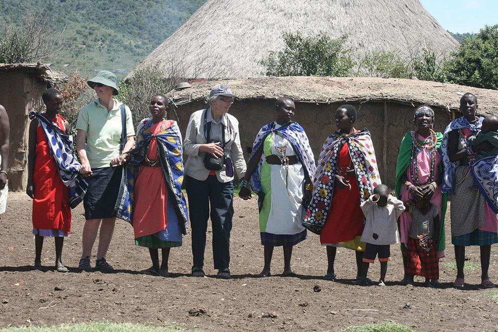 passengers-with-masai-women.jpg