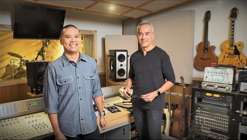 Wika co-founders Vic Icasas and Roland Benzon