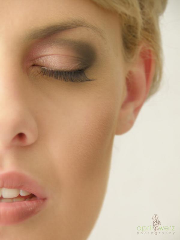 Wedding Makeup - Airbrushing