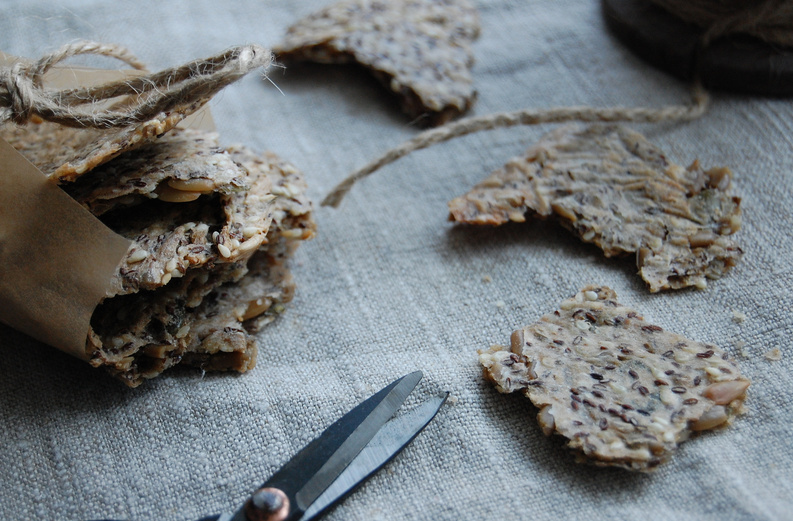 Glutenfree Seed Crackers