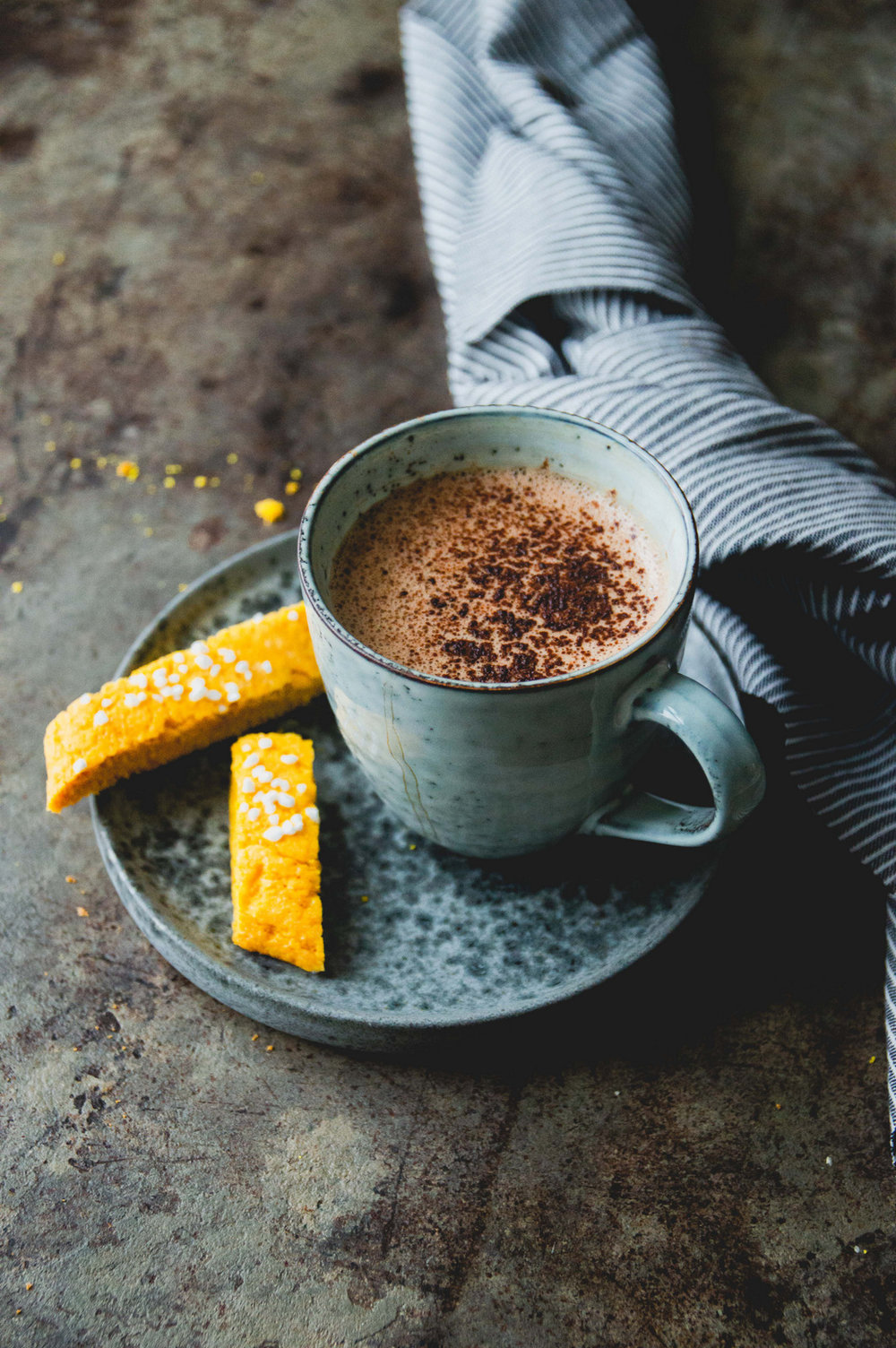 Warming hot chocolate with orange and vanilla