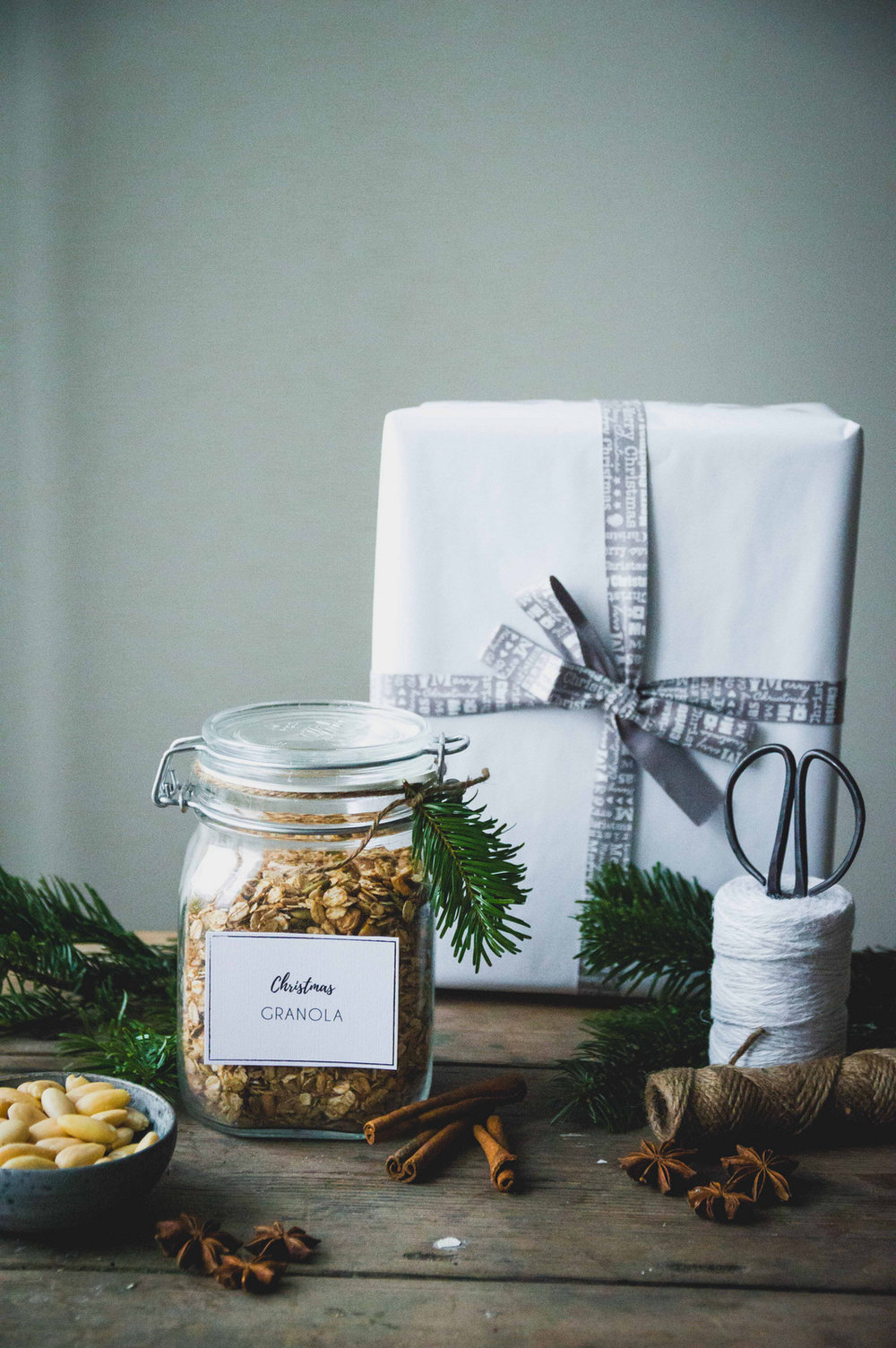 Christmas granola with nuts and seeds | The Nordic Kitchen