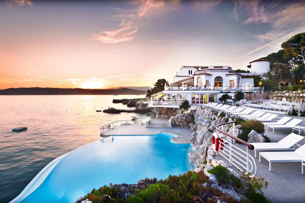 Hotel-du-Cap-Eden-Roc-swimming-pool.jpg