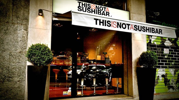 this-is-not-a-sushi-bar-esterno-e9b30.jpg