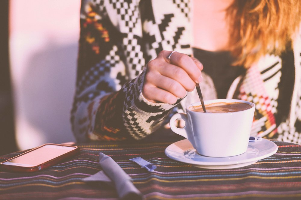 restaurant-person-woman-coffee.jpg