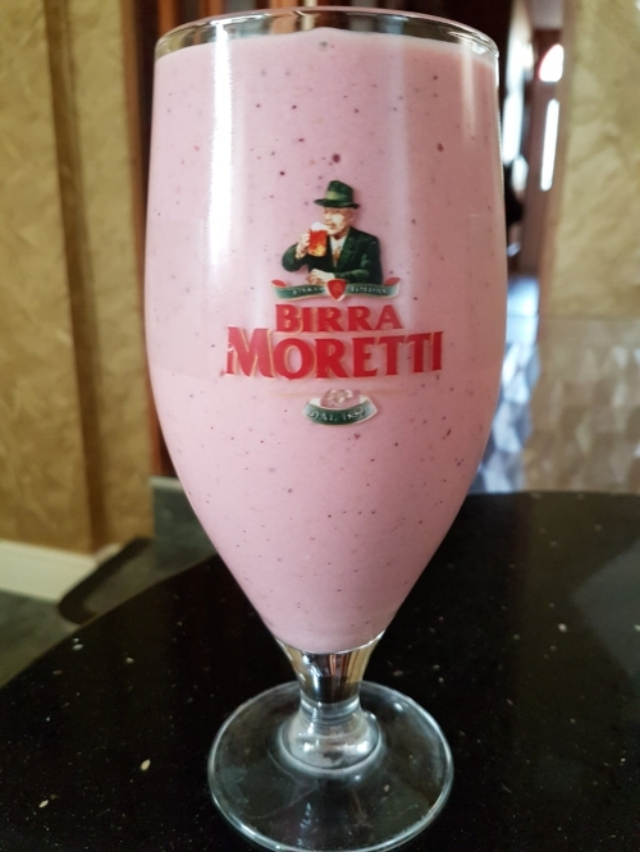 Pint of Kefir in Birra Moretti glass