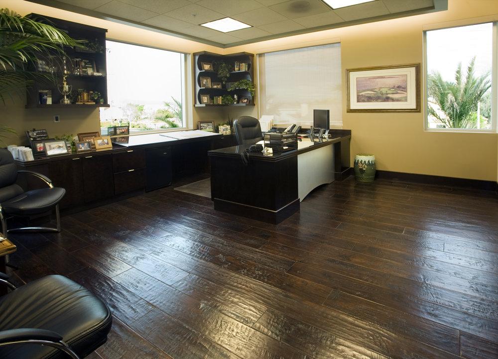 Savant Construction Corporate Offices-0009.jpg