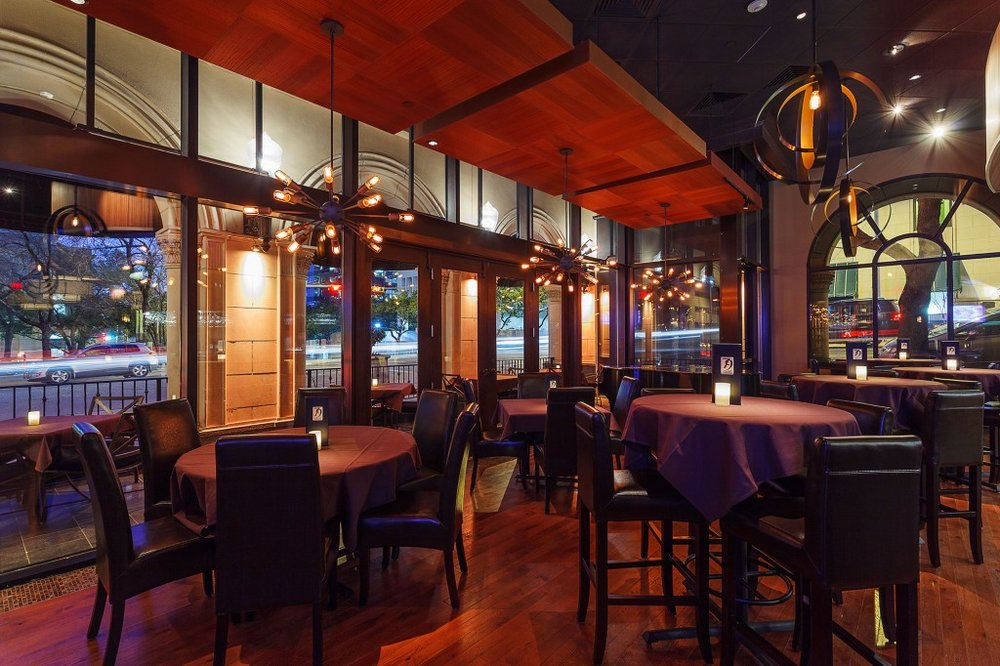 Perrys Steakhouse Downtown Austin TX - Bar.jpg