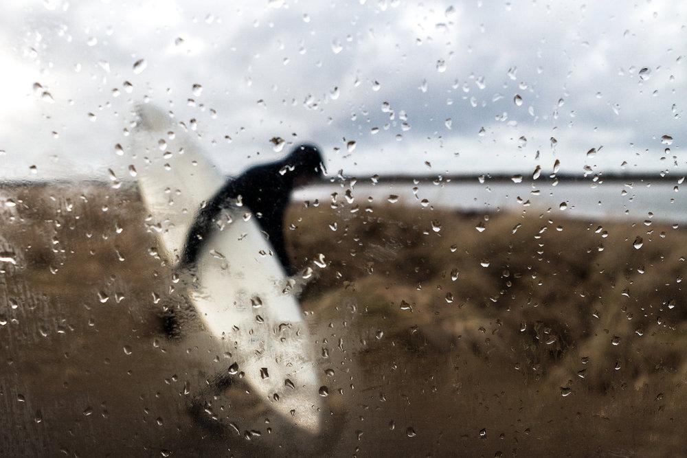 02_5240_Rain_Surfer.jpg