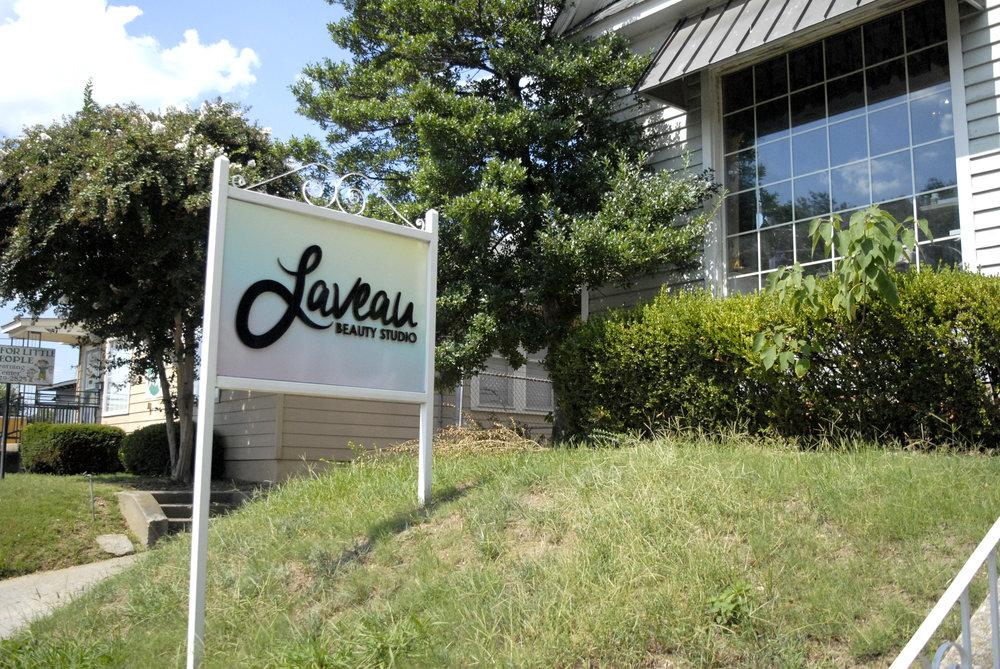 Laveau-Beauty-Studio_Signage_Dreamcapture_Memphis-TN