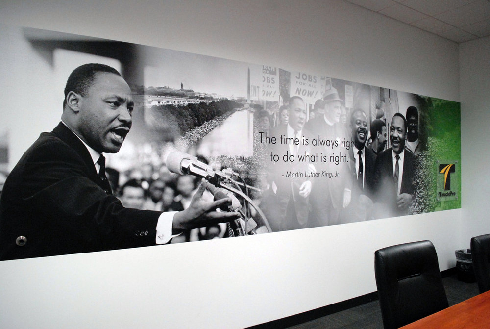 TruckPro_MLK-Jr-Room_Finished-Product_Environmental-Graphics_Dreamcapture_Memphis-TN
