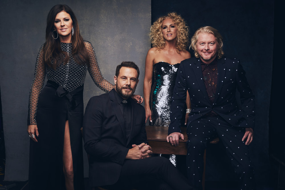 awards18_LittleBigTown_greyland_006.jpg