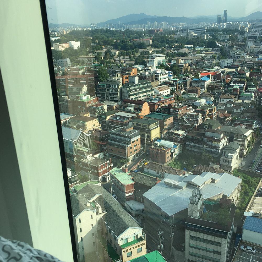 waking up to the gorgeous Seoul Skyline