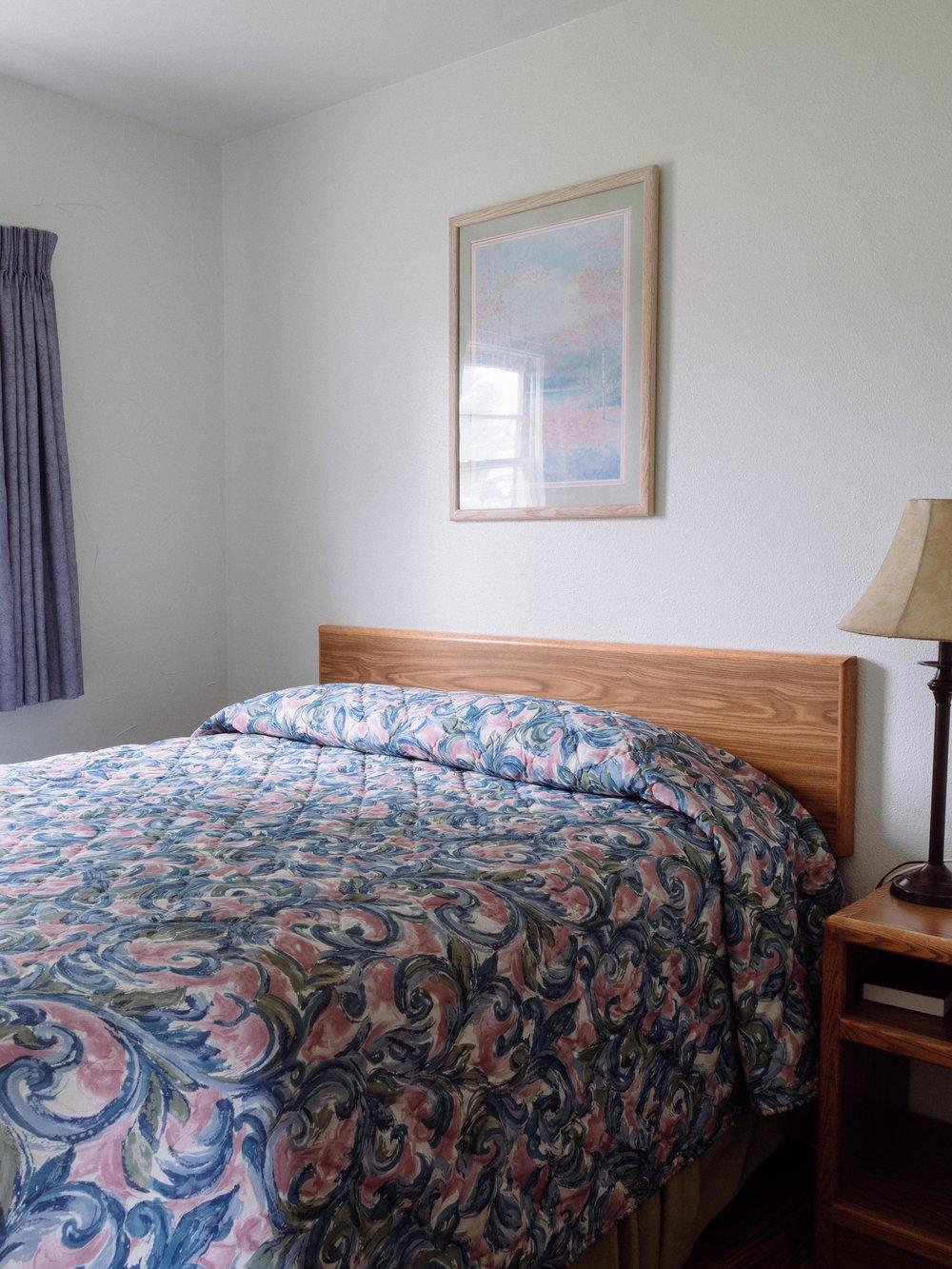 Bed, Queen Suite