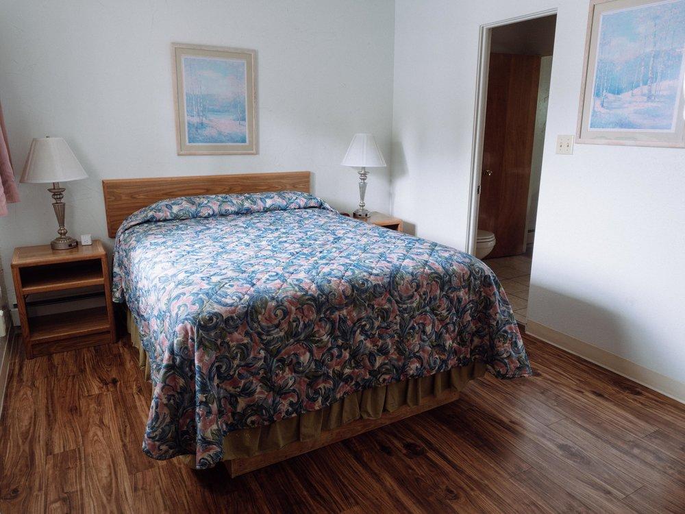 Bedroom, 2 Bedroom suite