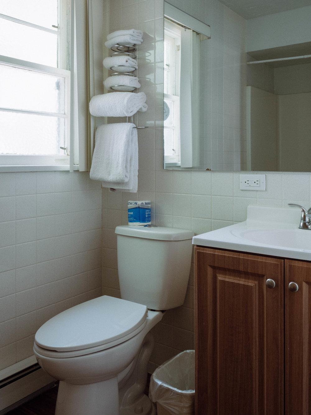 Bathroom, standard queen room
