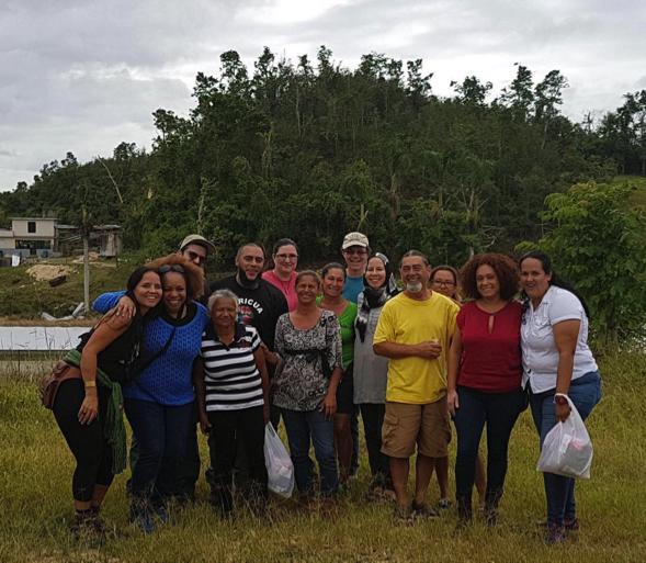 La corilla   Los compañeros del Centro de Apoyo Mutuo Jíbaro en Camuy