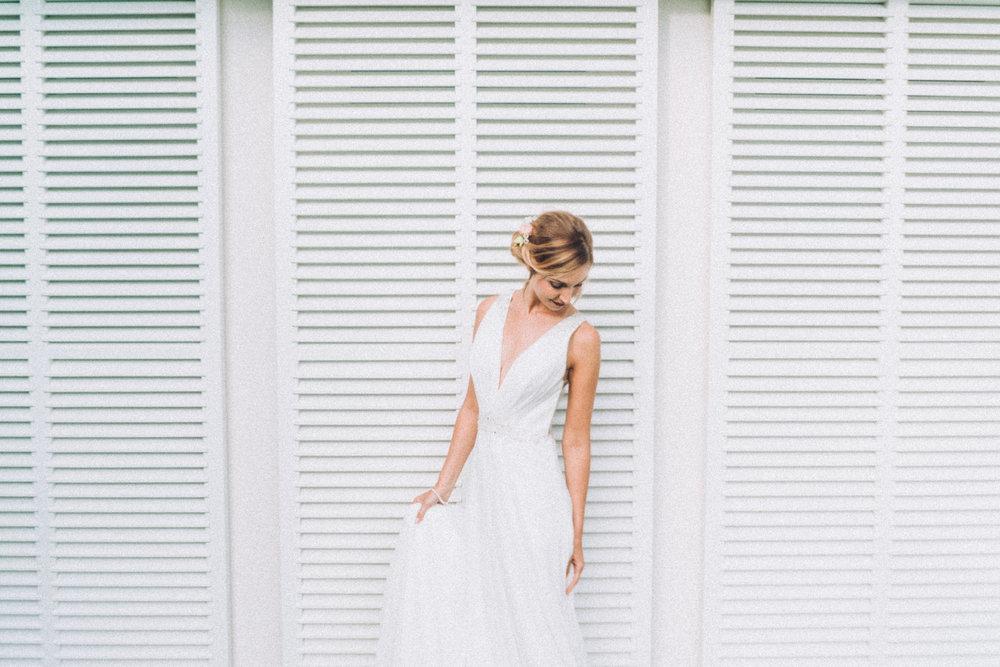 - Bei Terminvereinbarung reservieren wir 90 Minuten, in denen wir dir helfen ein Kleid zu finden, das dich und deinen persönlichen Look optimal unterstreicht.