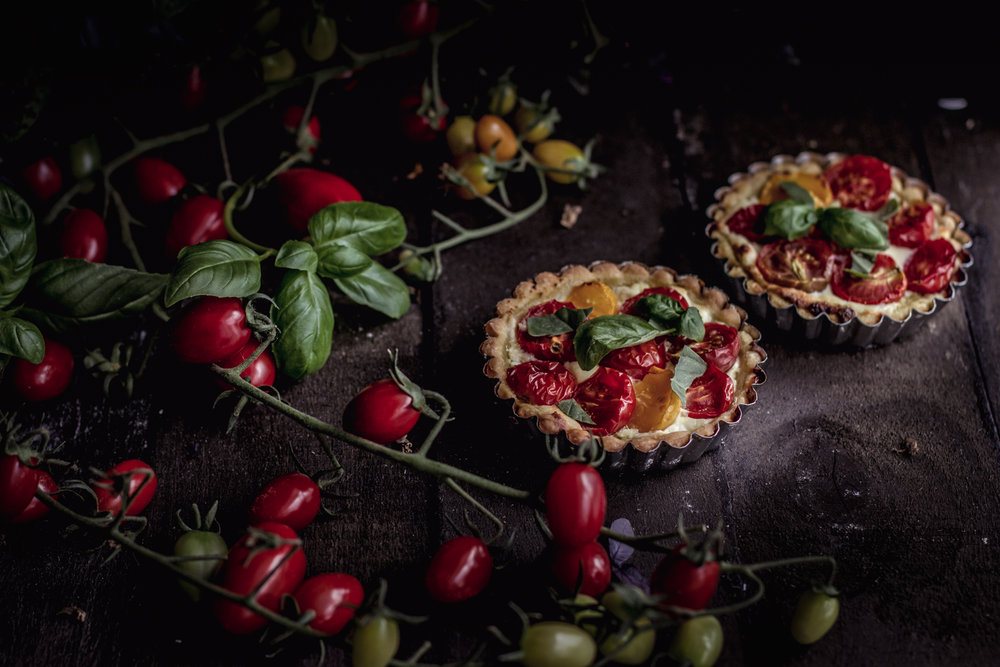 tomato basil ricotta tart-5.jpg
