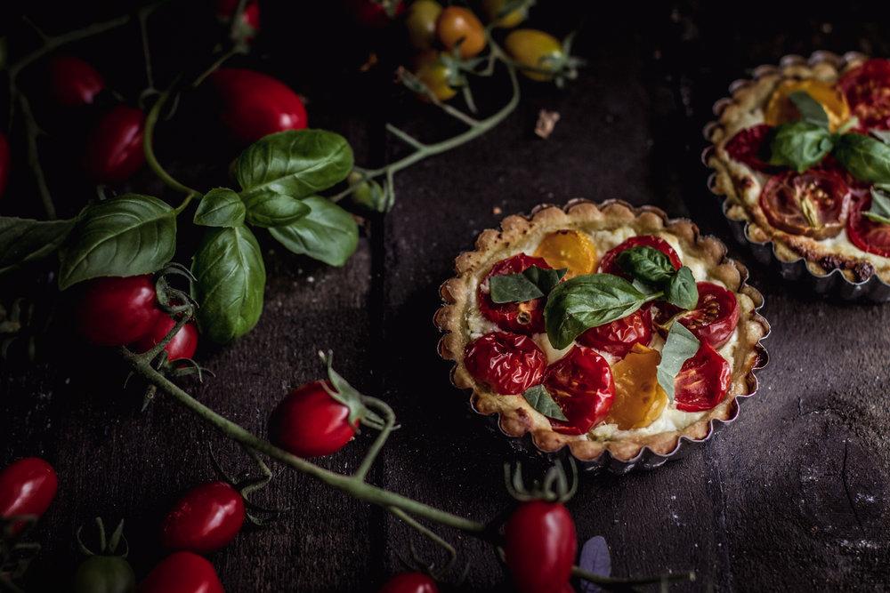 tomato basil ricotta tart-4.jpg