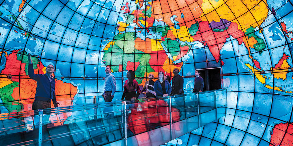 The Mapparium - An enormous, fully accessible glass globe built in 1935