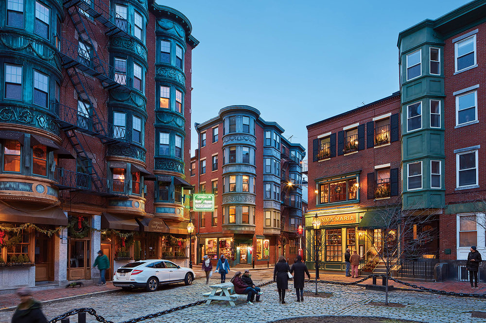 TravelEZ Boston: The North End - History and Cuisine Blend in One Beautiful Destination. You Won't Want to Miss This.