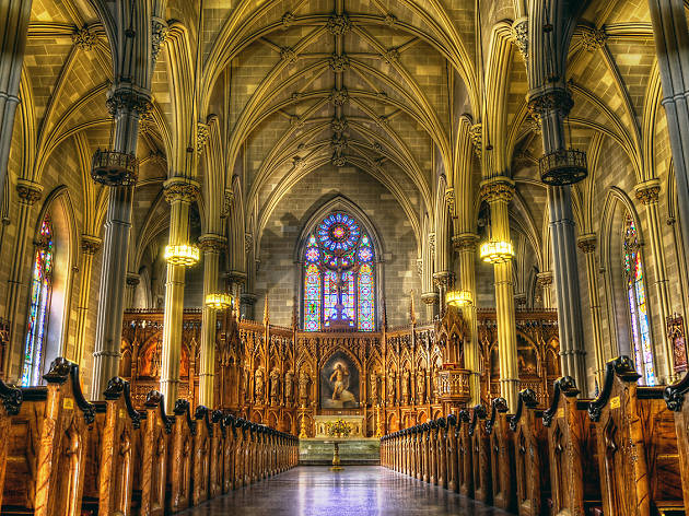 St. Patrick's Cathedral - Witness the country's largest Catholic cathedral.