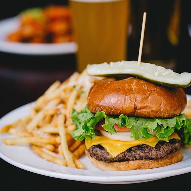 Enjoy a 🍔 & a 🍺 for only $🔟 Every Thursday!!! . . . ........ After 9pm Enjoy 3,2,1 Specials till Close $1 Domestics $2 AMF's $3 Green Teas