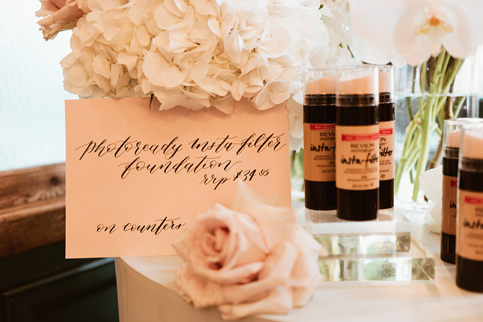 Revlon: Product calligraphy cards