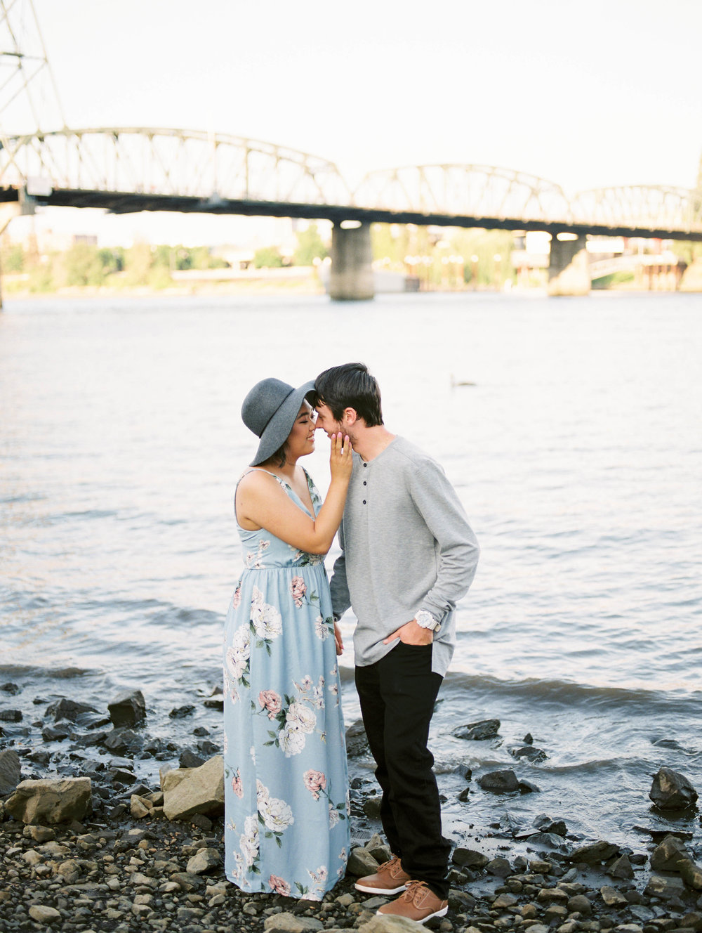 portland engagement session