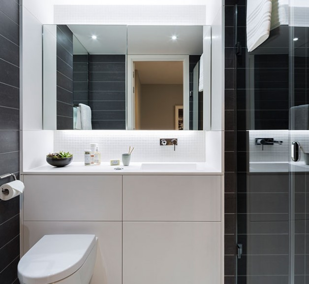 Plimsoll-bathroom-close-up-628x576.jpg