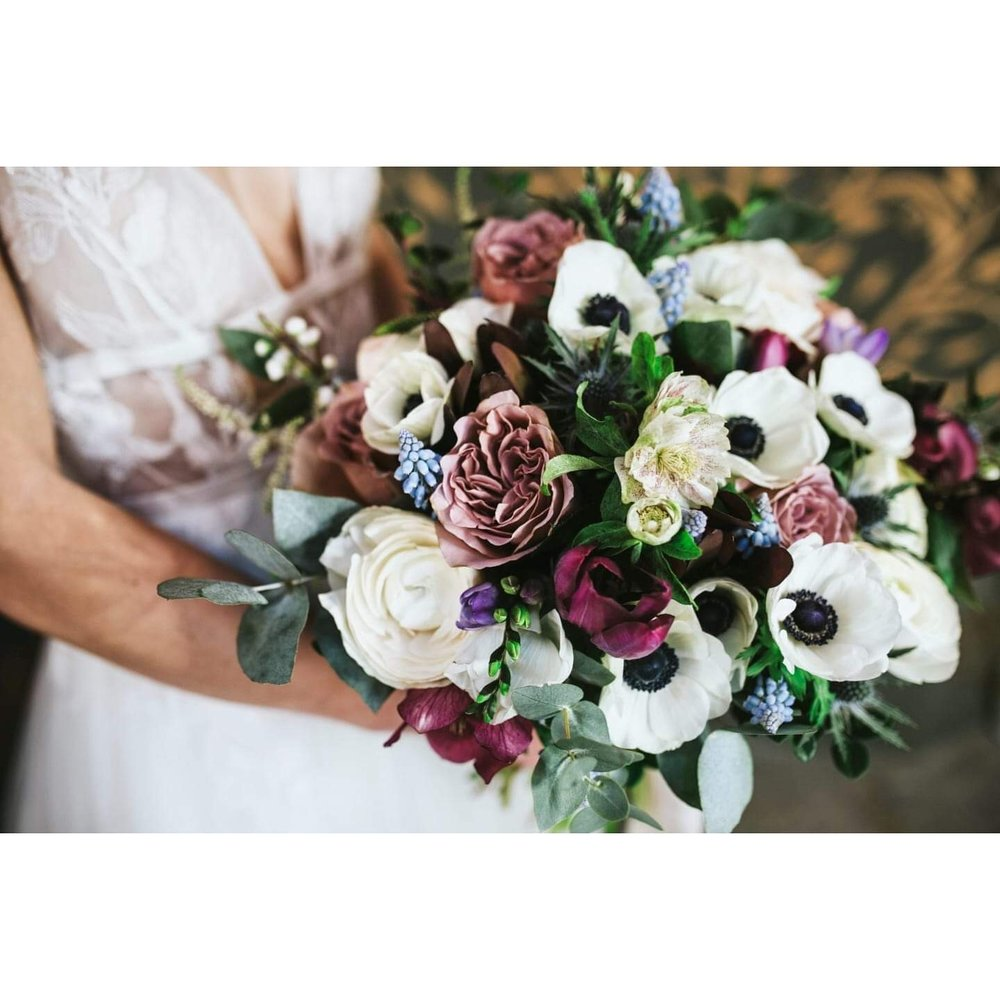 Flowers by Annabel - Annabel's passion for flowers is beautifully presented in all of the weddings she has been a part of. She has a keen eye for detail and her creativity means she brings something unique for every couple. Annabel is able to bring your ideas together to add the final touches to the wedding you dreamed of.