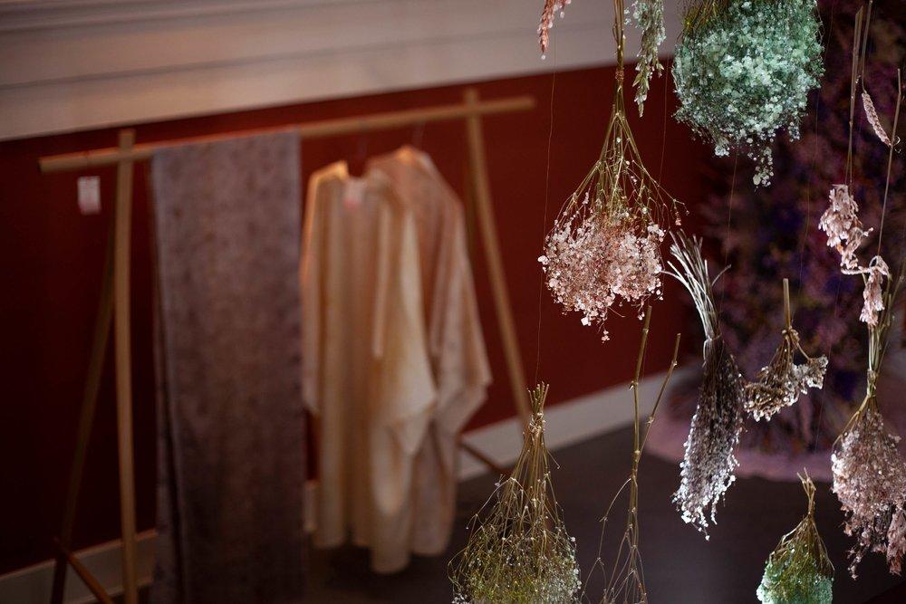 koebenhavns-plantefarveri-dawn-exhibition-three-days-of-design-flowerscape-kimono-5_web.jpg