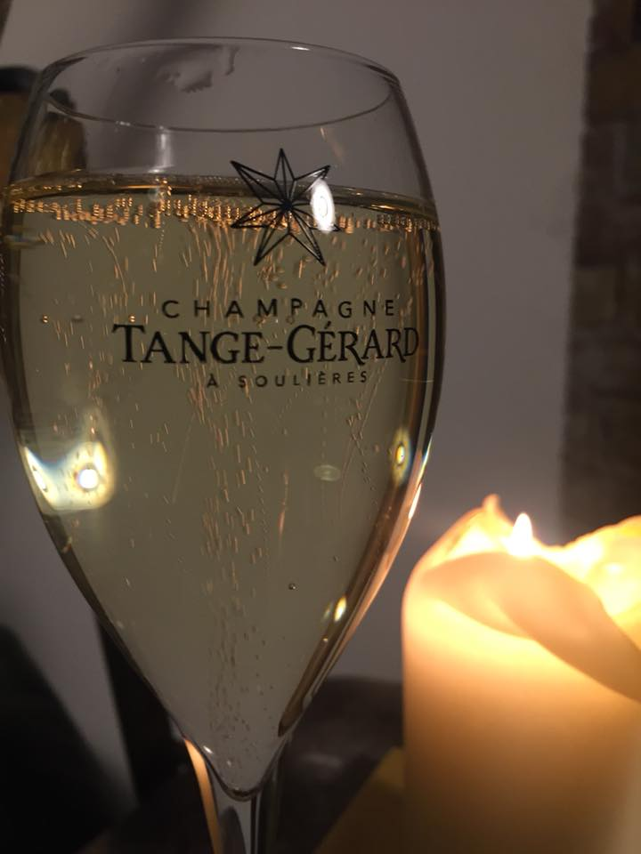 learn to talk champagne - A champagne bottle is full of bubbles and its world is filled with words. Here's everything you ever wanted to know about the champagne vocabulary.Dig into the expressions
