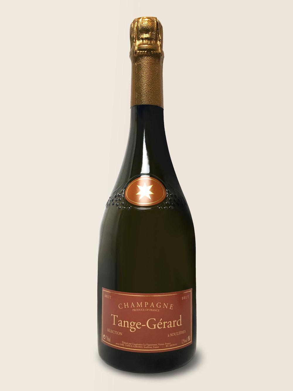 Selection - Denne champagne er perfekt til alt, hvad du kan finde på: Den er dejlig som aperitif, men du kan roligt tage den med til bordet hele vejen fra hummer over svampe eller and og til en vinterost som Mont d'Or.