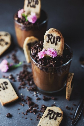20 Vegan Halloween Treat Recipes That Are So Delicious, It's Scary - By Kirsten Nunez