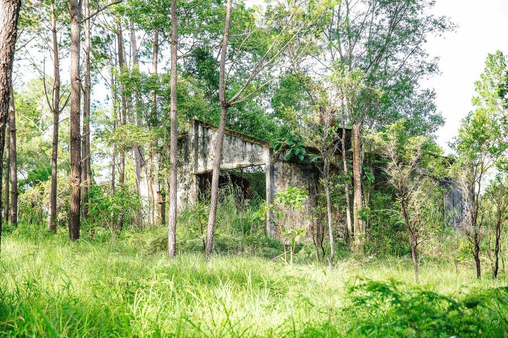 Ruin on Plateau.jpg