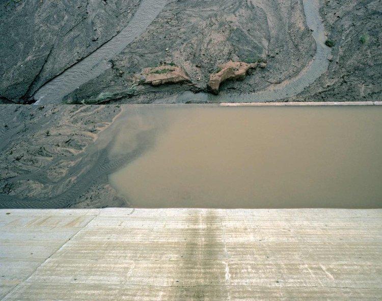 05_dbushaway-control-concrete_water_earth_custom.jpg