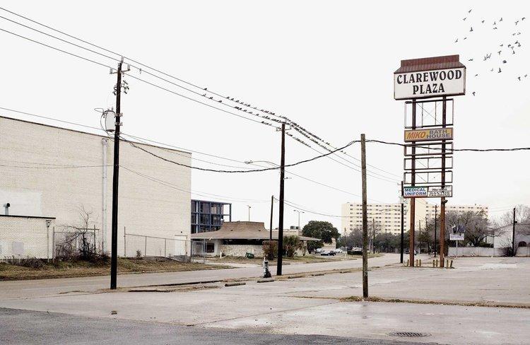 clarewood-plaza_01.jpg