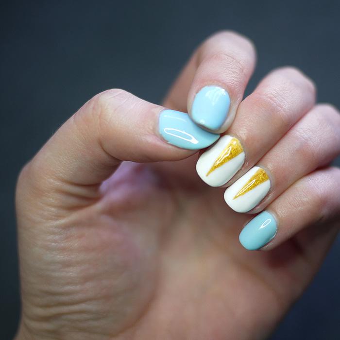 nail-photos-instagram-ring-light.jpg