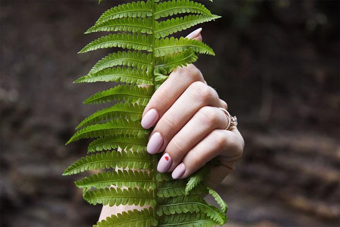 nail-photos.jpg