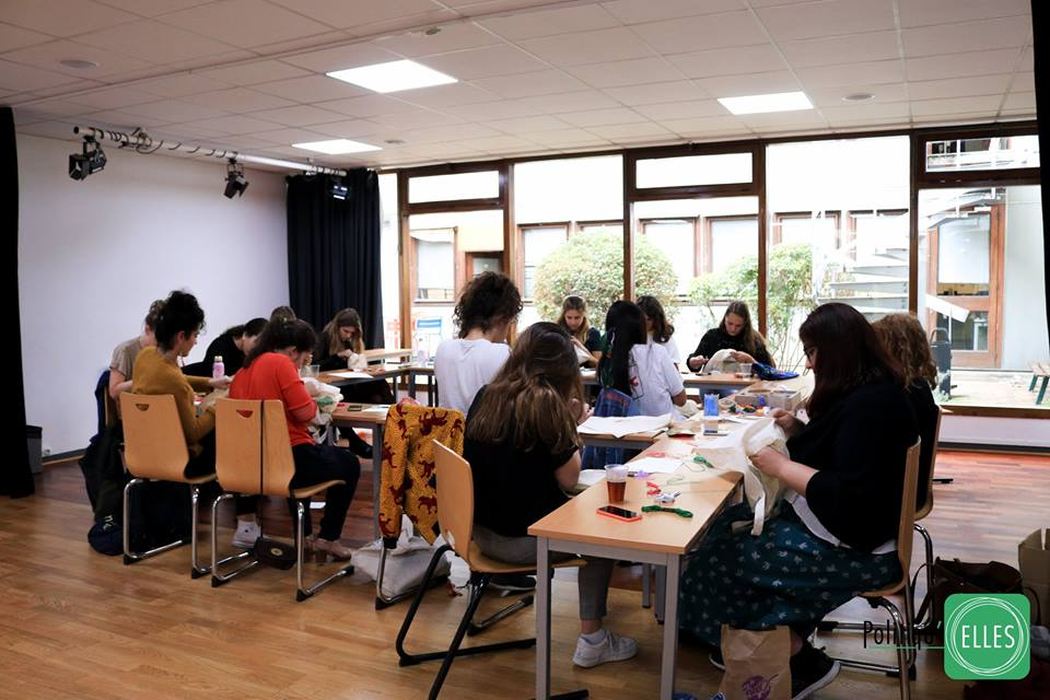 SCIENCE PO -  POLITIQU'ELLES  is a french organization founded in 2013 by Fatima OUASDI.  The association promote women in society and fight against sexism.  We have been invited to run a embroidery workshop in collaboration with  @lucie_lev . ( feminist illustrator)