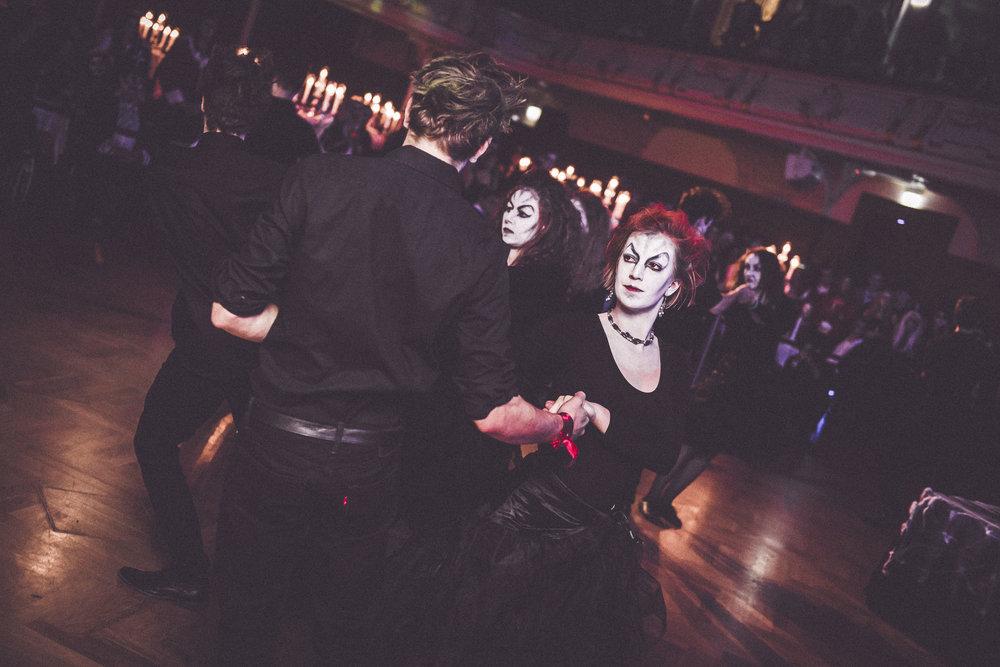 WSI_Halloweenball_0155_20161031__BAS3334.jpg