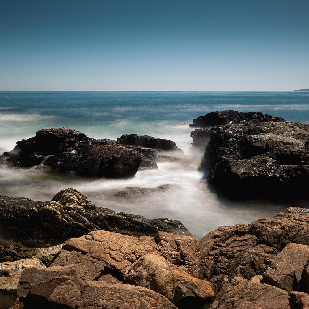 WWW_016_Ocean-Waves_CU_Intense_Cliff.jpg