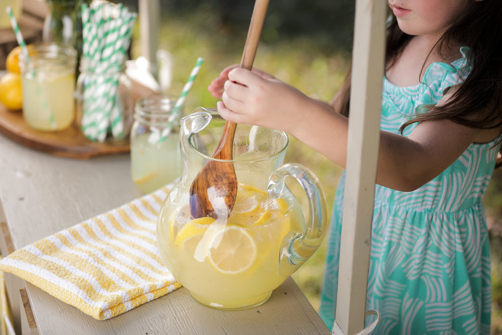 PROMED_Lemonade_Stirring-1.jpg
