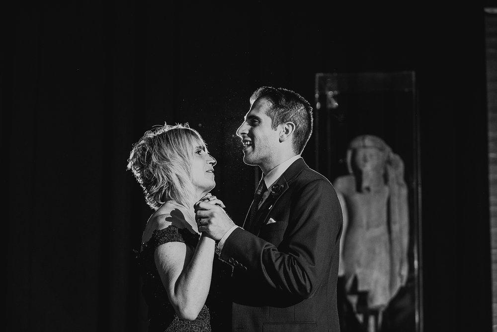 01_Love_by_Joe_Mac_Best_Wedding_Photography_Philadelphia_Penn_Museum_Univerity__0078.jpg