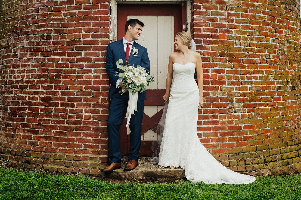 Love_by_Joe_Mac_Best_Wedding_PHotograph_Philadelphia_Candid_Fun_Joe_Mac_Creative__0021.jpg