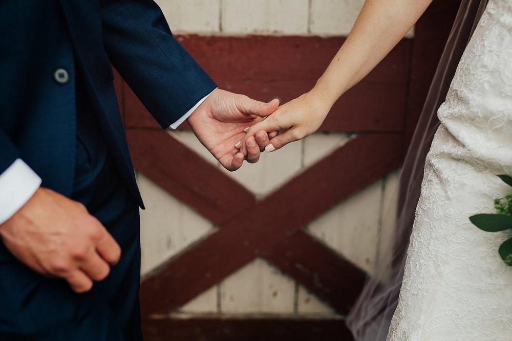 Love_by_Joe_Mac_Best_Wedding_PHotograph_Philadelphia_Candid_Fun_Joe_Mac_Creative__0022.jpg